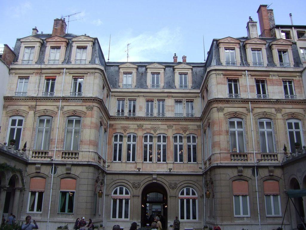 bâtiment historique lyon